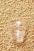 大豆とグラス