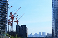 東京都 晴海 建設現場のクレーン