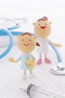 医療器具と看護師のクラフト
