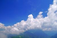 岐阜県 焼岳からの雲