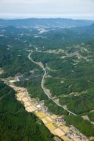 佐賀県 矢筈ダムと西日本自動車道
