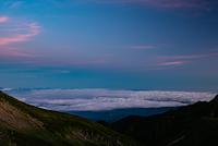 大黒岳から見る朝の雲海
