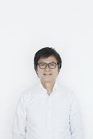 笑顔の60代の日本人男性