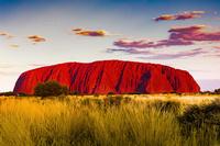 オーストラリア 夕日に染まるエアーズロック