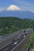 静岡県 新東名高速と富士山