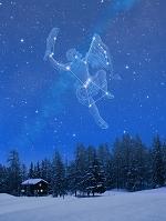スイス 雪景色とオリオン座