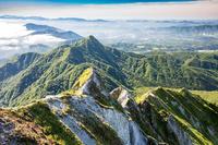 日本 鳥取県 烏ケ山と蒜山高原