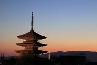 京都府  八坂の塔 夕景