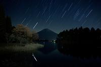 静岡県 富士宮市 田貫湖 富士に昇るオリオン座・ふたご座・木星
