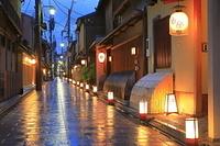京都府 宮川町の夕景