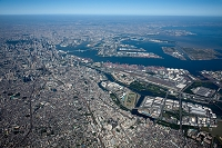 大井町駅 大井南周辺より大井コンテナターミナルと東京港方面