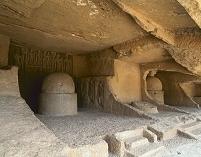 インド カンヘリー石窟群 第2窟 仏塔