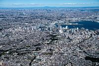 横浜蒔田、南太田周辺の街並みより横浜市街地と都内、筑波山