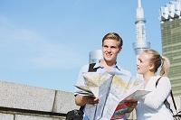 東京スカイツリーと外国人観光客