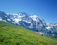 スイス ユングフラウ山と登山電車