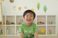 保育園児の日本人の男の子