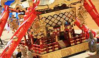 夏祭り 金ピカ神輿