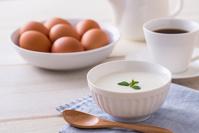 ヨーグルト 朝食のイメージ