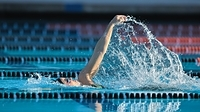 水泳 背泳ぎ