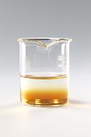 コーヒーシュガーが水に溶ける様子 A12-6