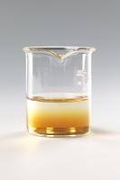 コーヒーシュガーが水に溶ける様子 A12-8