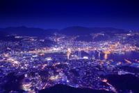 長崎県 稲佐山山頂展望台から長崎市街の夜景