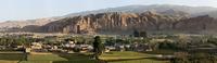 アフガニスタン バーミヤン渓谷 タリバンにより破壊された仏像