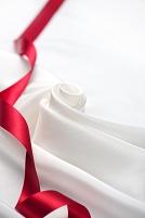 シルクの布とリボン