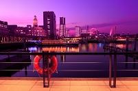 神奈川県 横浜 象の鼻パークとみなとみらいの全館点灯