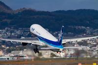 大阪府 伊丹空港 ボーイング777-200