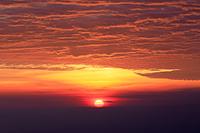 長野県 美ヶ原からの朝焼けと日の出
