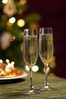 シャンパングラス クリスマス テーブル