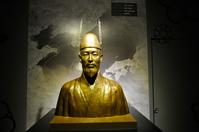 武寧王の胸像
