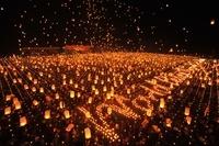 ミャンマー  ダウェイ  天灯の祭り