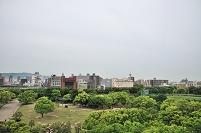兵庫県 明石城から明石市街を見る