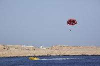 エジプトの風景 紅海 パラセーリング