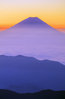山梨県 北岳山荘付近より雲海と富士山朝景 南アルプス