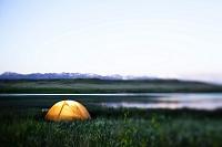 アメリカ合衆国 湖畔のテント