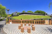 京都府 勝竜寺城 模擬櫓と模擬塀と堀跡