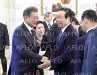 韓国大統領、日韓議員連盟会長ら超党派議員団と会談