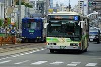 大阪府 大阪市営バスと阪堺線の路面電車
