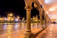 ペルー アルマス広場