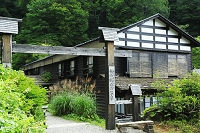 秋田県の秘湯 夏の乳頭温泉郷鶴の湯温泉