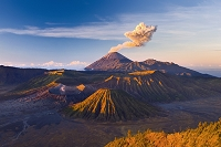 インドネシア ブロモ山