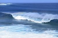 沖縄県 宮古島 リーフの波