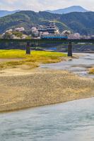 愛媛県 大洲城と列車