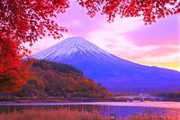 山梨県 河口湖から富士山