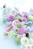 パステル花材のコラージュ