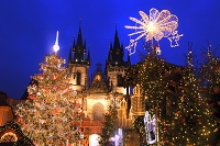 チェコ クリスマスのティーン教会