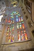スペイン サグラダファミリアのステンドグラス